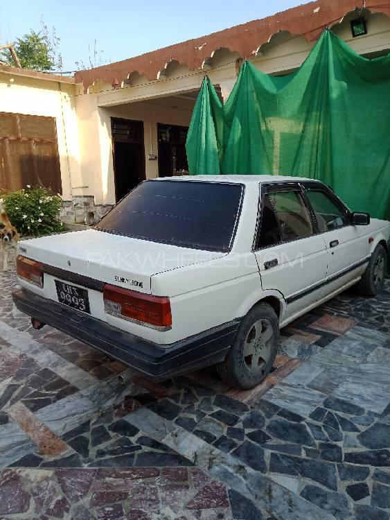 Nissan Sunny EX Saloon 1.3 1988 Image-1