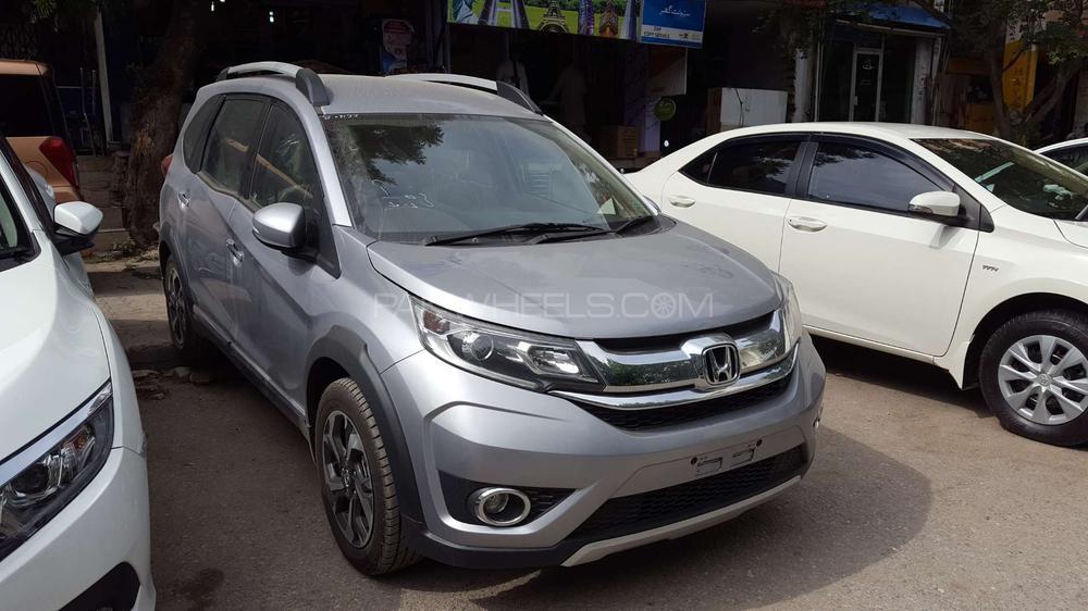 Honda br v i vtec s 2018 for sale in islamabad pakwheels for Honda motor finance phone number