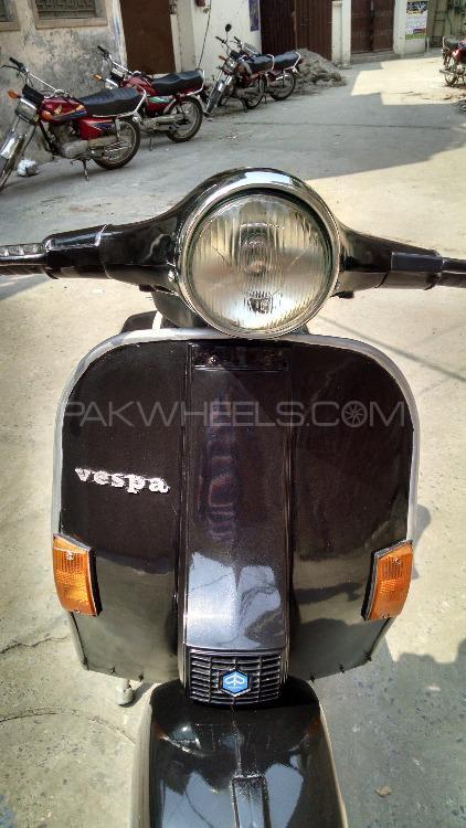 Vespa 150cc 1980 Image-1