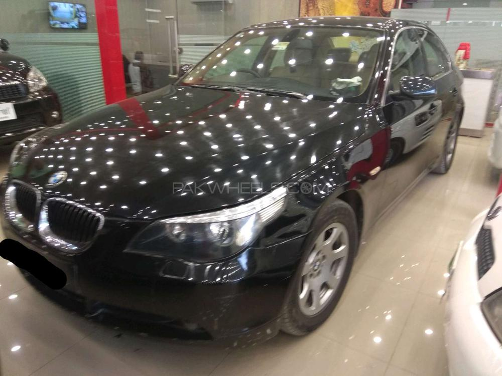 BMW 5 Series 530d 2005 Image-1