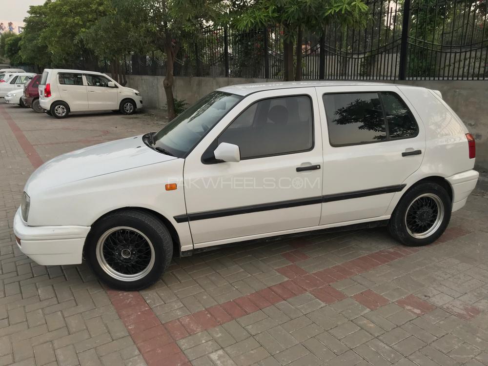 Volkswagen Golf 1995 Image-1