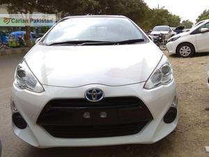 Used Toyota Aqua S 2015
