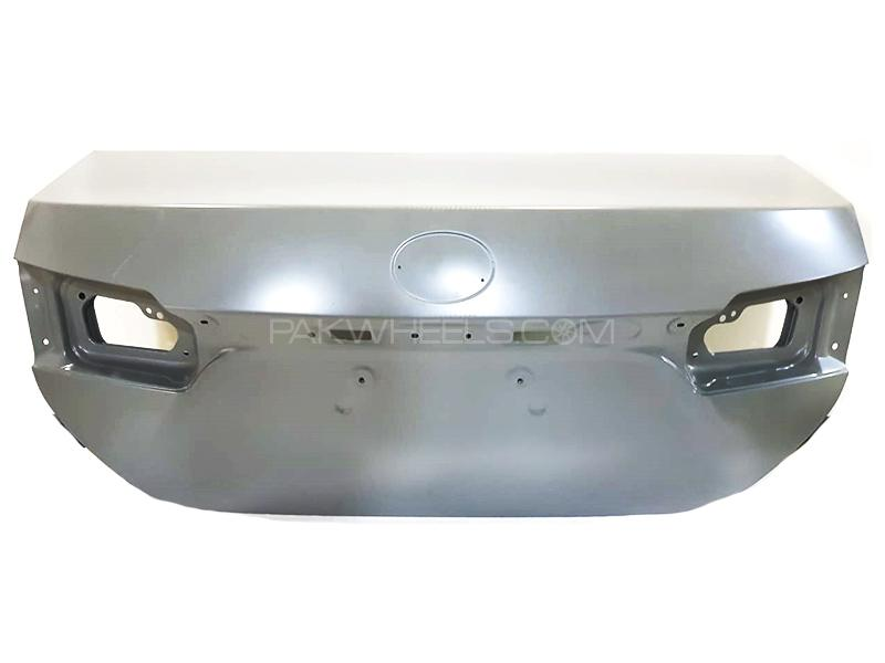 Toyota Genuine Trunk For Toyota Corolla 1.6  2015-2017 Image-1