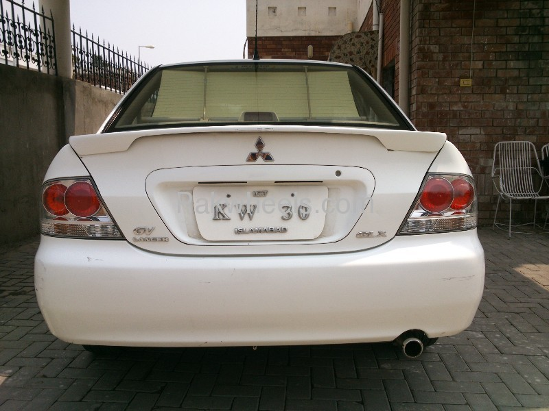 Mitsubishi Lancer GLX 1.6 2007 Image-4
