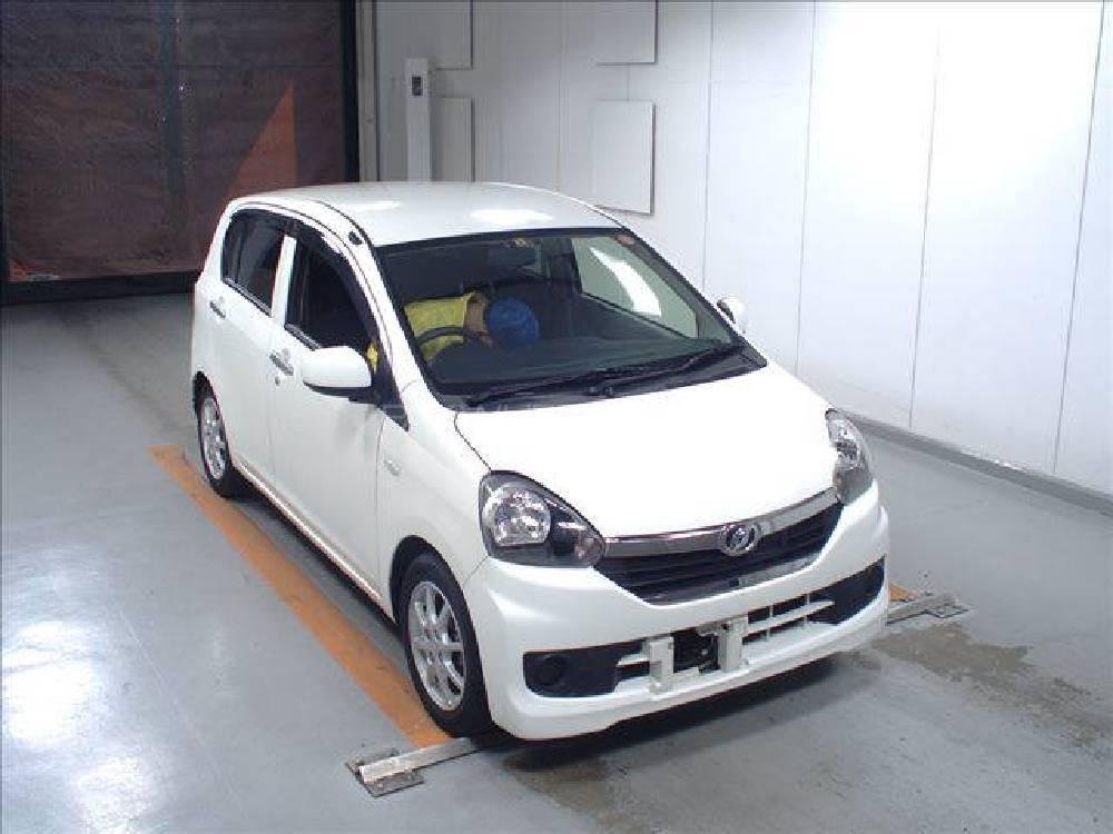 Daihatsu Mira X Memorial Edition 2015 Image-1
