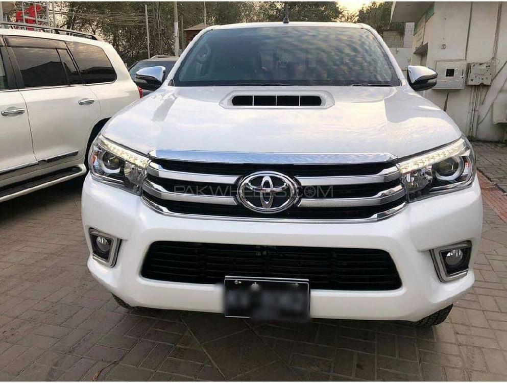 Used Toyota Hilux Revo V Automatic 3.0  2017