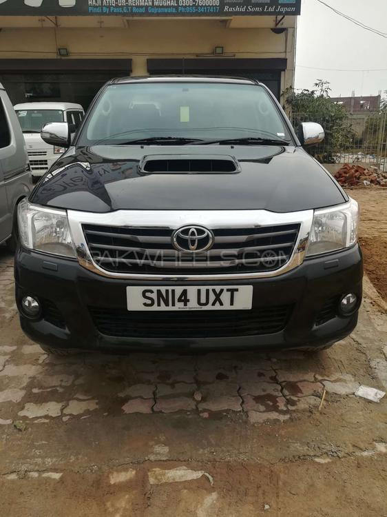 Toyota Hilux Invincible 2014 for sale in Gujranwala | PakWheels