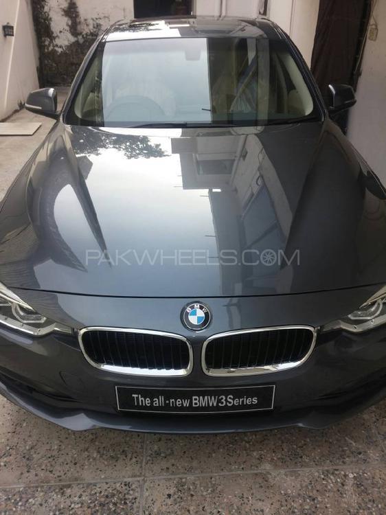 BMW 3 Series 318i 2018 Image-1