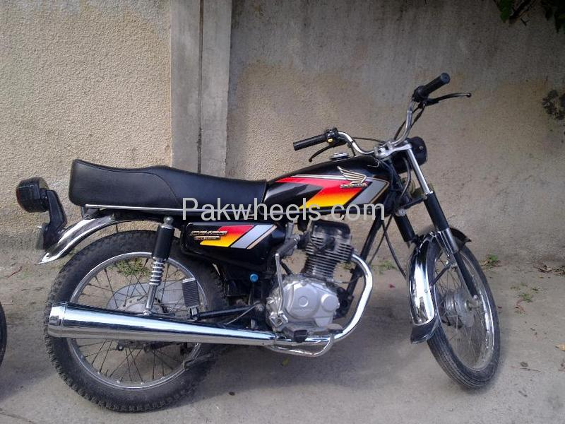 used honda cg 125 2000 bike for sale in lahore 107705 pakwheels. Black Bedroom Furniture Sets. Home Design Ideas