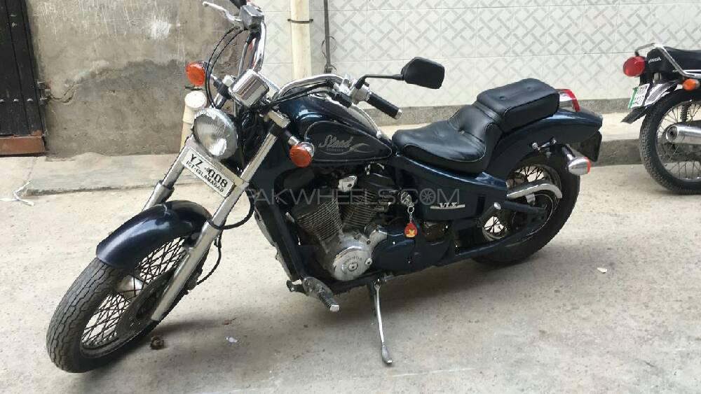 Honda CB400 1999 Image-1