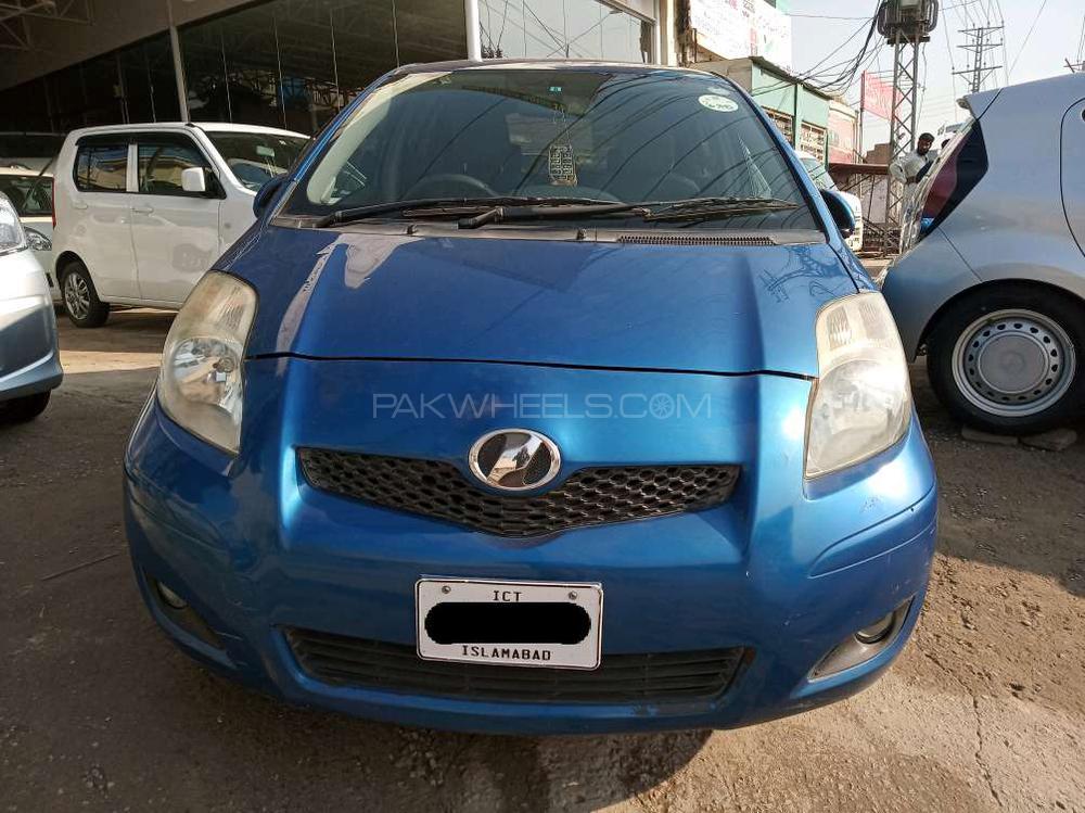 Toyota Vitz F 1.3 2009 Image-1