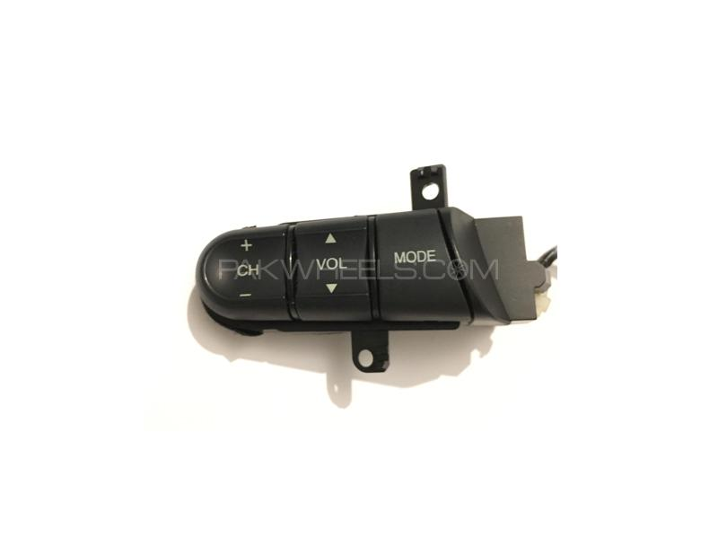 Multimedia Steering Control Oem For Honda Fit Shuttle 2007-2013 in Lahore