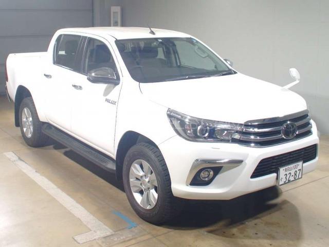 Toyota Hilux Revo G 2 4 2018 for sale in Peshawar | PakWheels