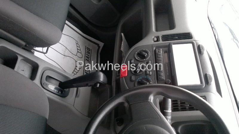 Nissan AD Van 2008 Image-7