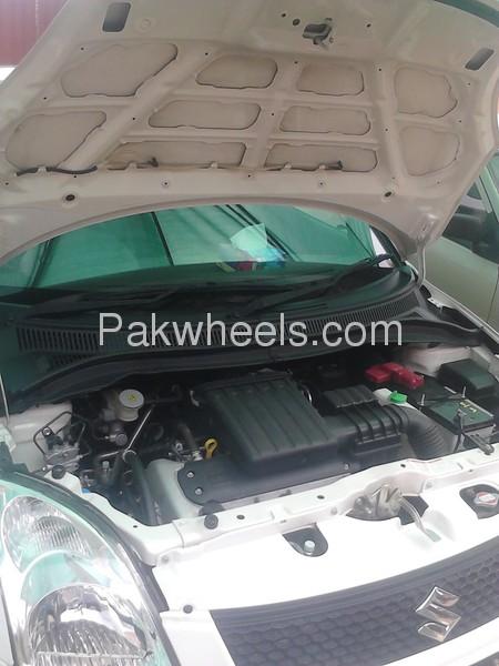 Suzuki Swift DX 1.3 2012 Image-7