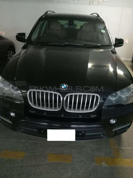 BMW X5 Series xDrive48i 2012 Image-1