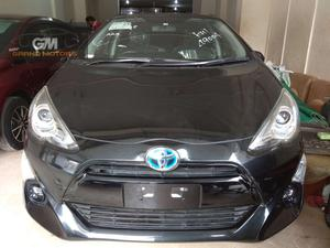 Used Toyota Aqua G LED Soft Leather Selection  2015