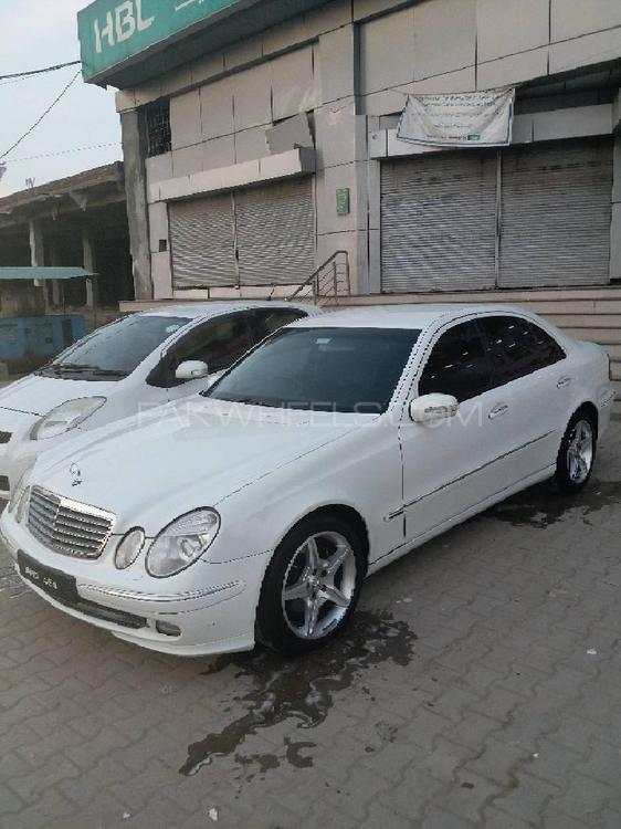 Mercedes Benz E Class E240 2003 Image-1