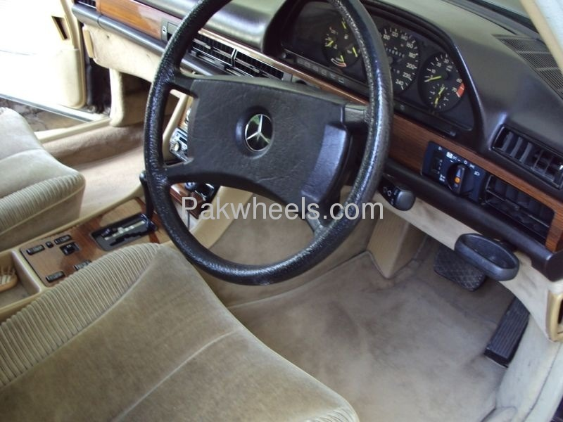 Mercedes Benz S Class 300SEL 1986 Image-4
