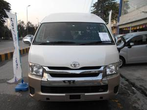 a64ba989f0 Toyota Hiace Grand Cabin 2014 for Sale in Lahore