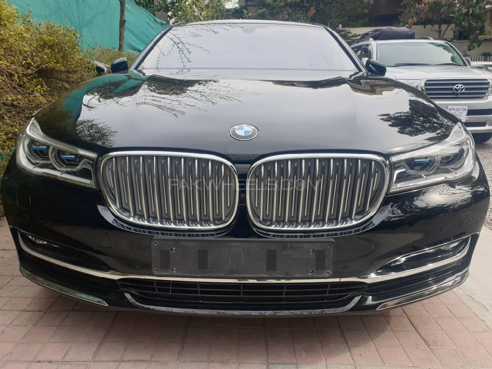 BMW 7 Series 740Li 2016 Image-1