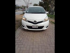 Toyota Vitz Cars for sale in Islamabad | PakWheels