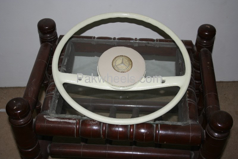 Old mercedes benz finail steering wheel for sale in lahore for Mercedes benz steering wheel for sale
