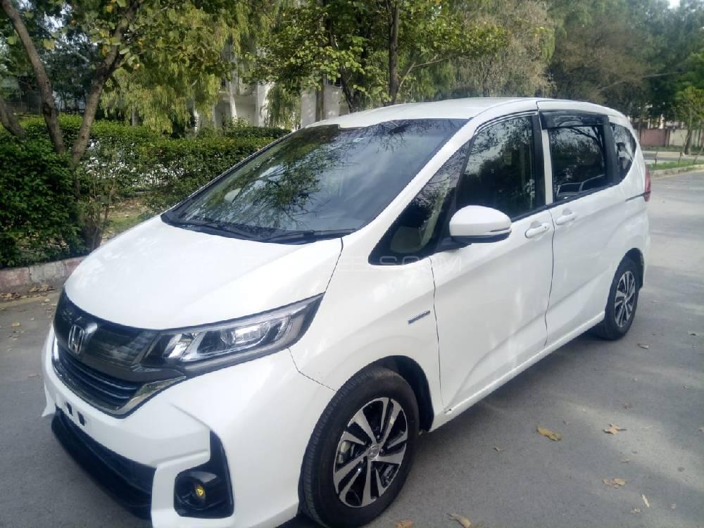 honda freed hybrid  honda sensing   sale  islamabad pakwheels