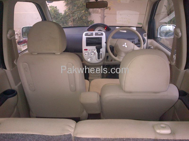 Mitsubishi Ek Wagon G 2010 Image-3