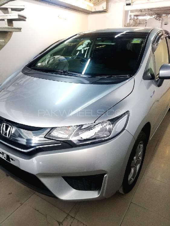 Honda Fit 1.5 Hybrid S Package 2015 Image-1