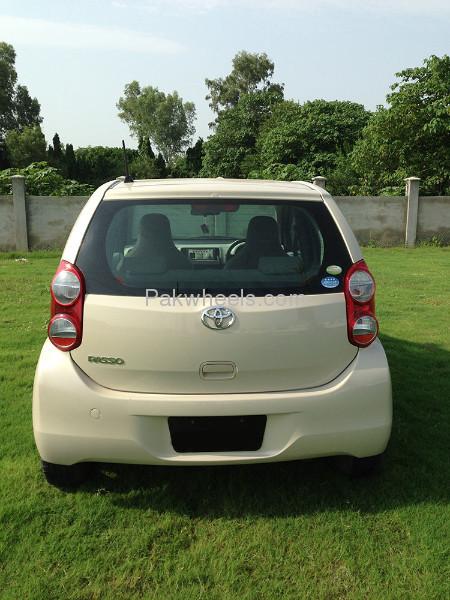 Toyota Passo G 1.0 2010 Image-3