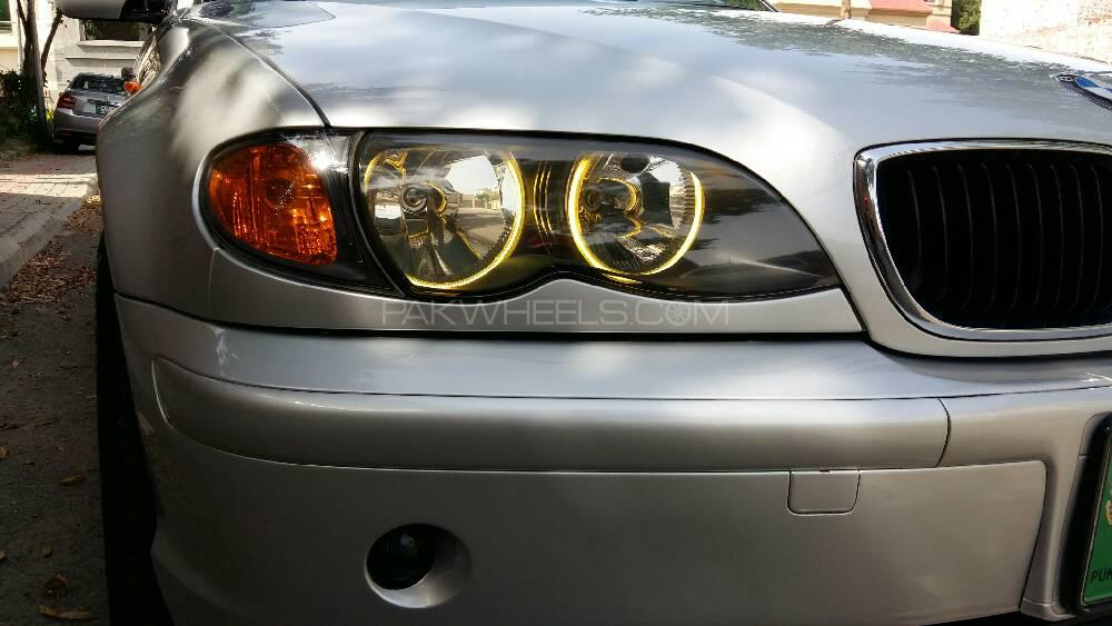 BMW 3 Series 318i 2003 Image-1