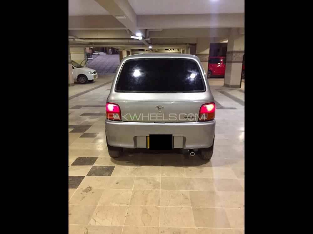 Daihatsu Cuore CL Eco 2011 Image-1