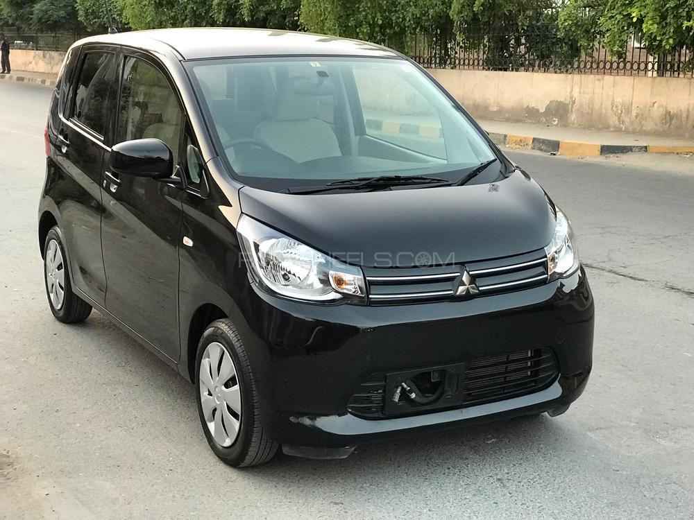 Mitsubishi Ek Wagon M 2015 Image-1