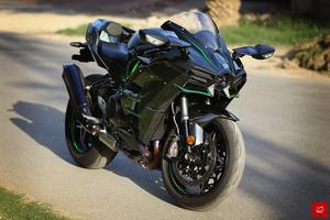 Kawasaki Ninja ZX-10R Bikes For Sale In Pakistan | PakWheels