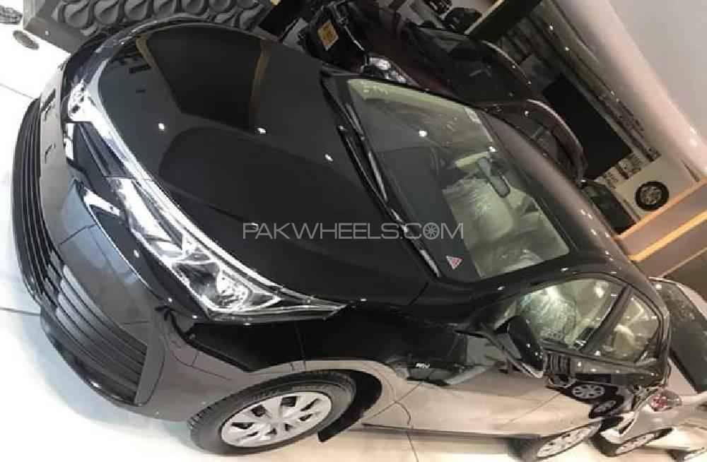 Toyota Corolla XLi VVTi 2019 Image-1