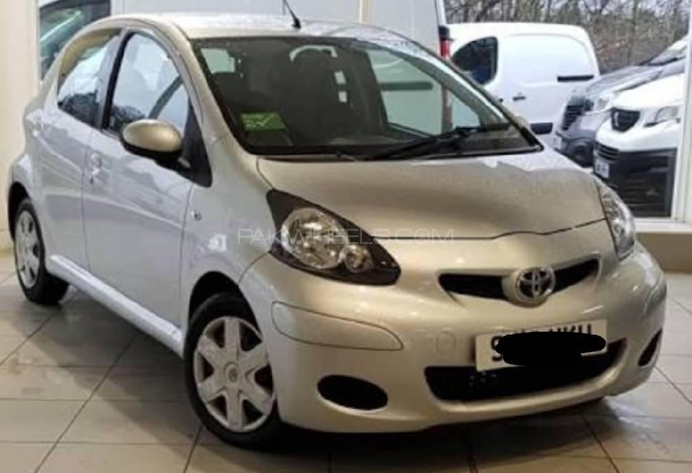Toyota Aygo 2012 Image-1