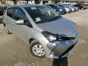 Used Toyota Vitz 2015