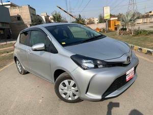 Used Toyota Vitz F Limited 1.0 2015