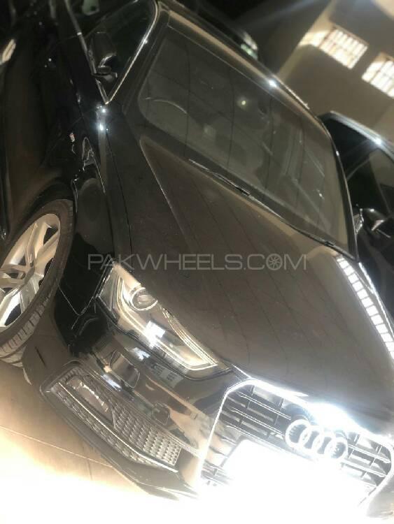 Audi A4 2014 Image-1