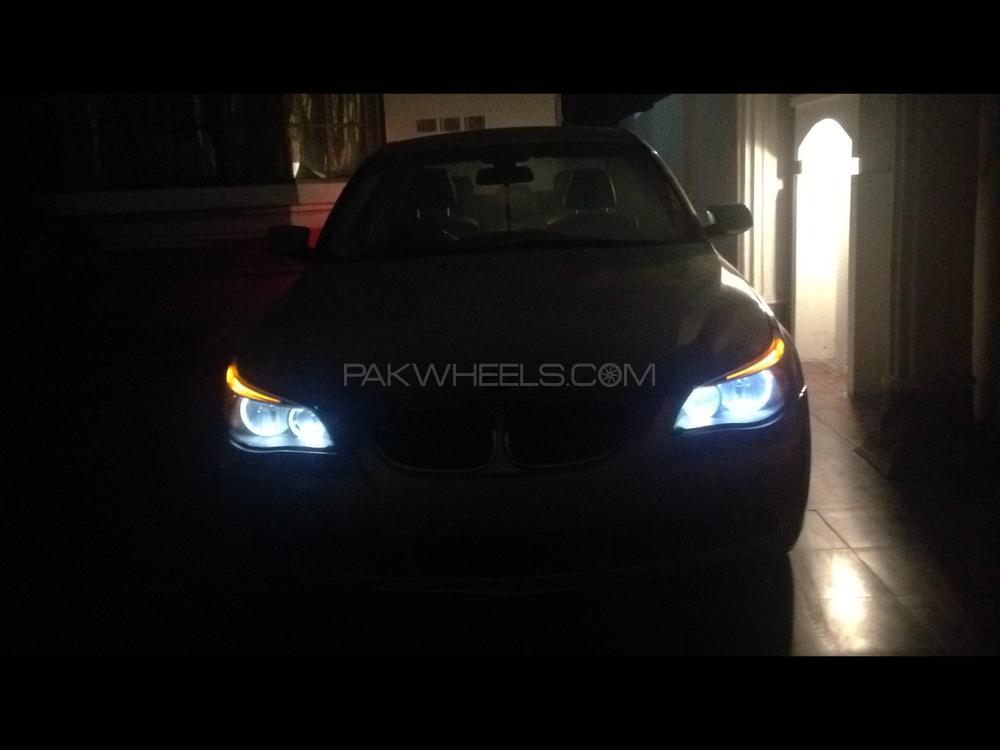 BMW 5 Series 525i 2007 Image-1