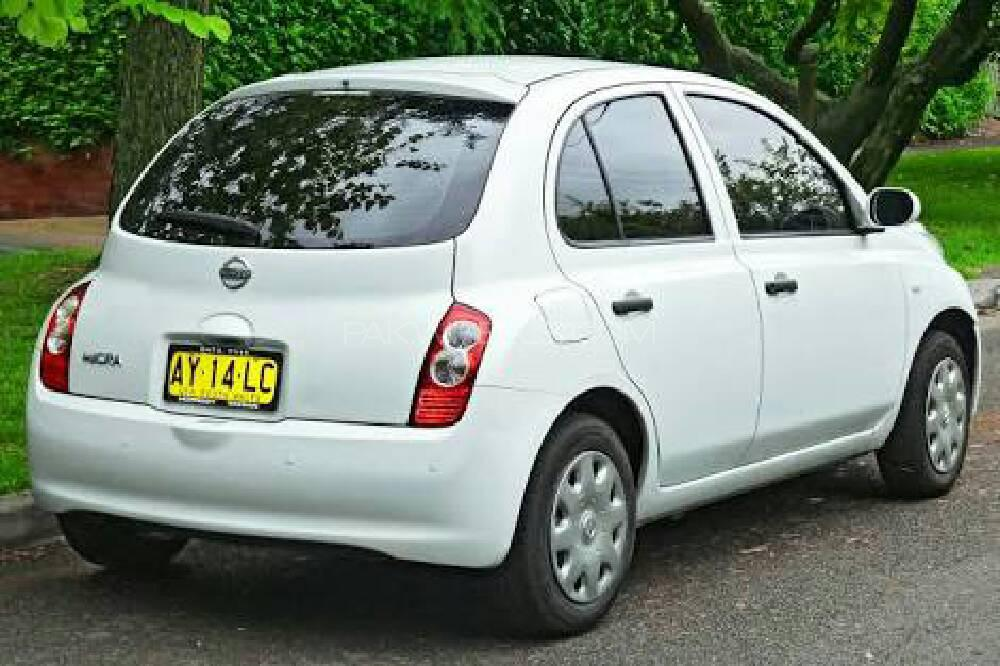 Nissan March Bolero 2002 Image-1