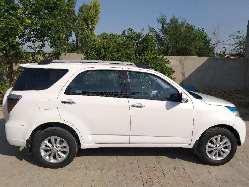 Daihatsu Terios 4x4 2011 For Sale In Mian Wali