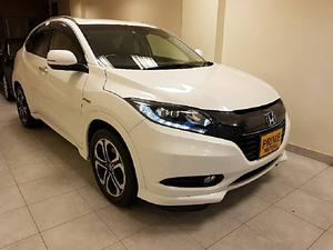 Honda Vezel Cars for sale in Pakistan | PakWheels