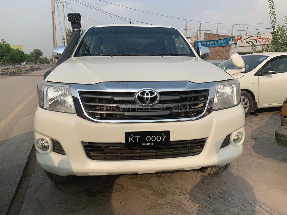 Toyota Hilux Vigo Champ GX 2014 Image-1