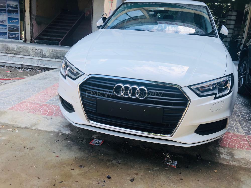 Audi A3 1.2 TFSI Standard 2019 Image-1
