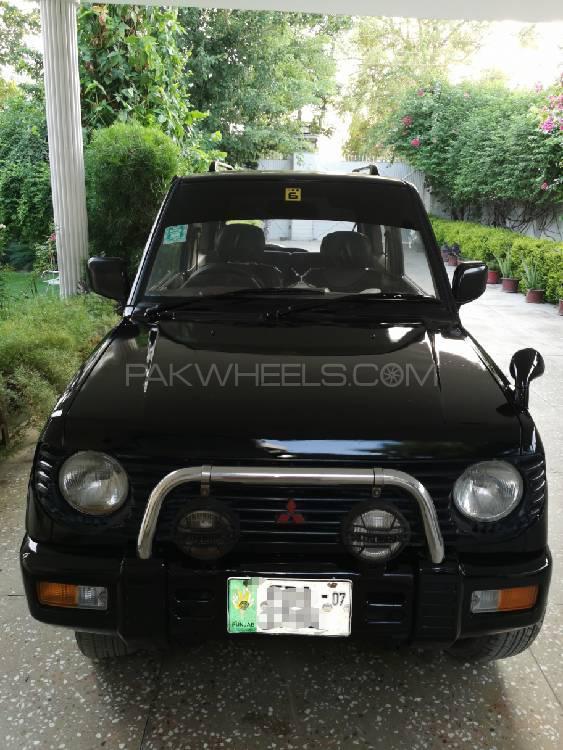 Mitsubishi Pajero Mini XR 2003 Image-1