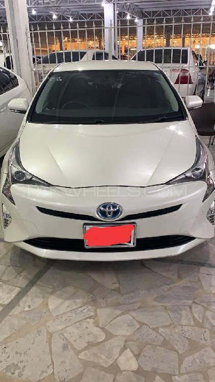 Toyota Prius A Premium 2016 Image-1