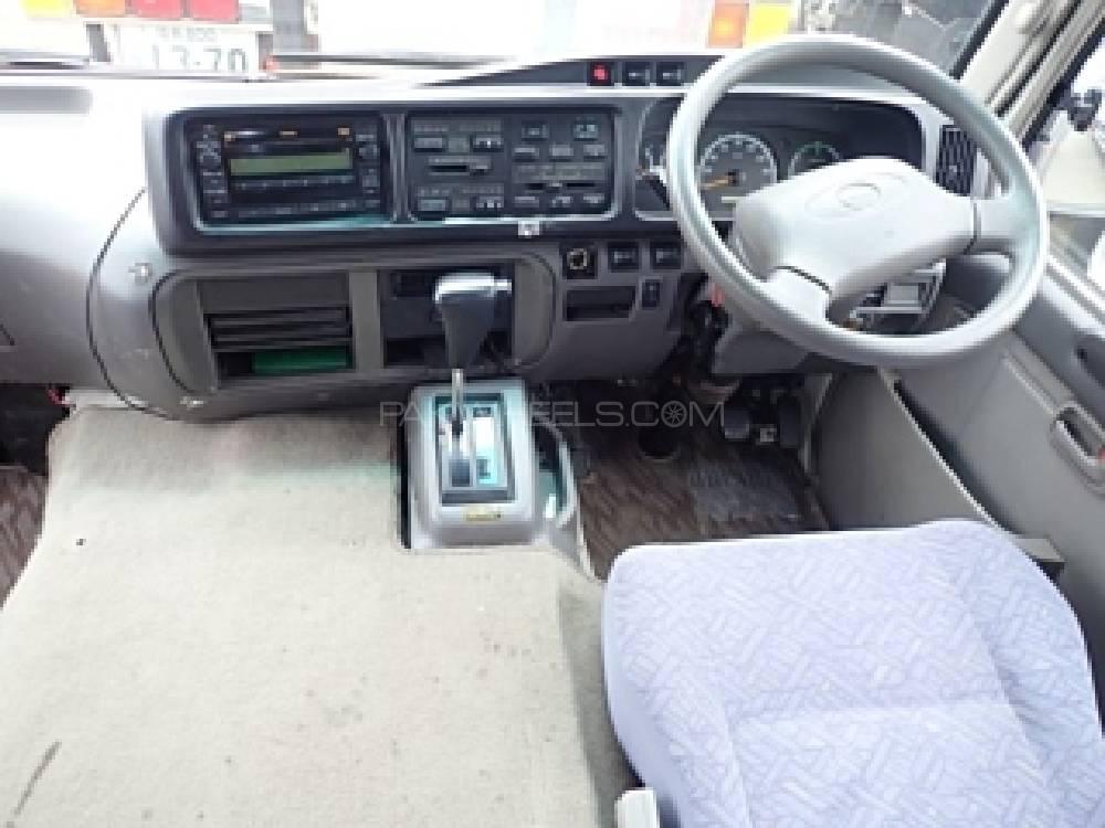 Toyota Coaster 30 Seater F/L 2014 Image-1
