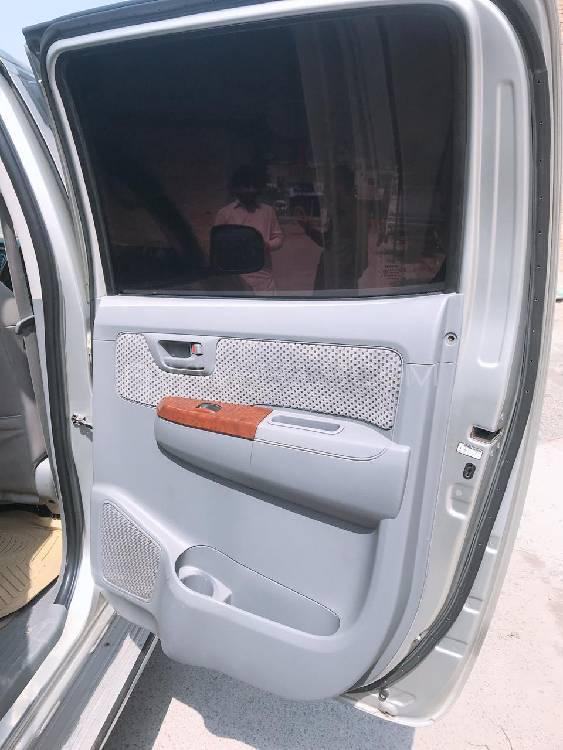 Toyota Hilux D-4D 2006 Image-1